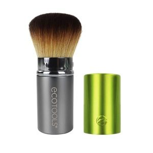 Eco tools retractable kabuki brush NWOT
